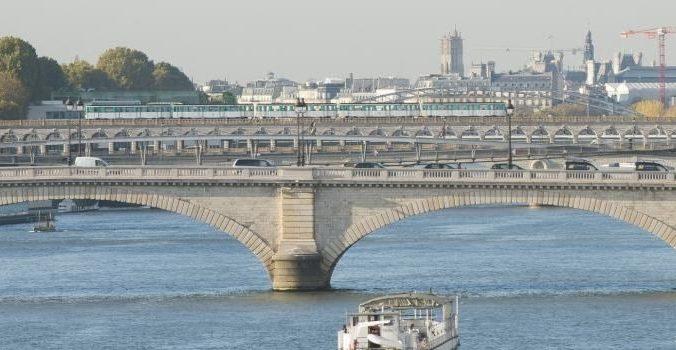 Une vue de la Seine à Paris