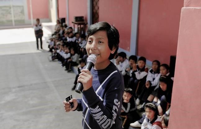 José Adolfo, un Péruvien, a monté à l'âge de 7 ans une banque pour enfants qui leur propose de récolter cartons et plastique. Le documentaire Demain est à nous raconte son parcours
